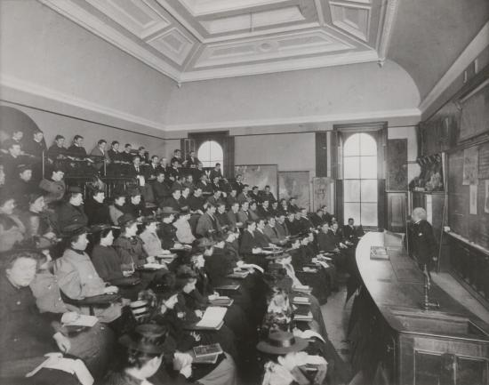 Lecture classroom in South Hall, 1898 (either Room 202 or Room 210); Courtesy of Bancroft Library.