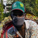 Man in Bangladesh wearing a face mask