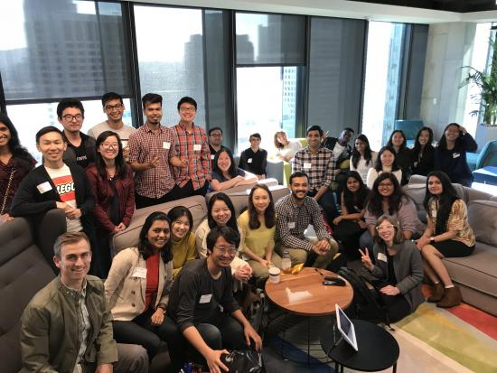 I School MIMS students visit LinkedIn in spring 2018 to learn from UX design, research, and product managers.